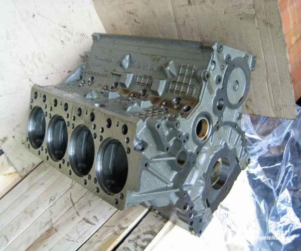 Блок цилиндров Камаз 740.21-1002012